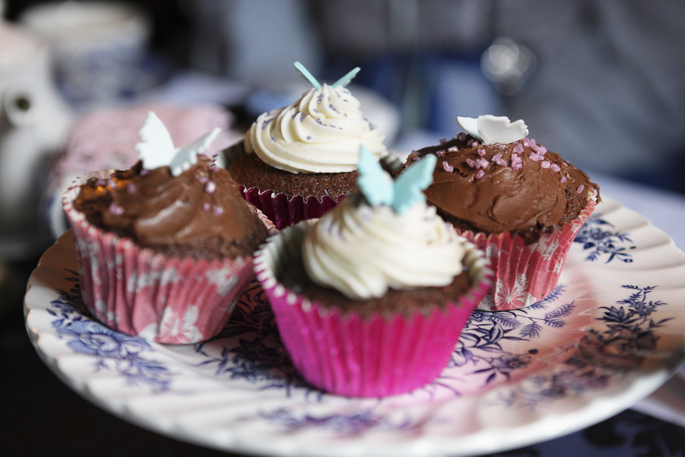 A plate of gorgeous cupcakes