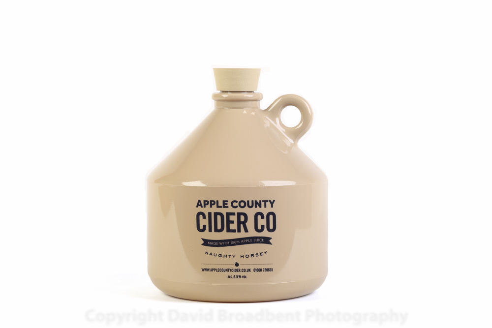 A flagon of cider.