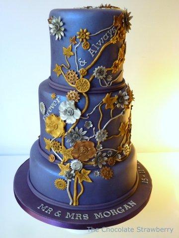 Steampunk style cake anyone?